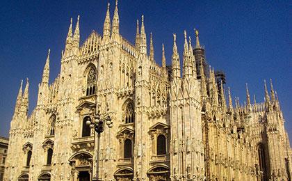 Milán
